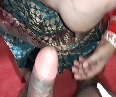 Wife cheats husband,wife takes boss'_s cock in mouth his wedding eat one's fill