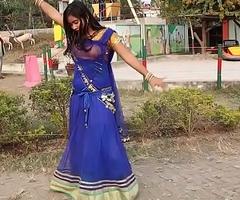 Amateur Bangladeshi School Woman Sexy Dance With Song