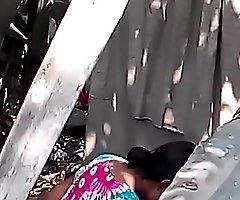 Desi bhabhi nude bath