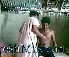 spying my indian maid with say no to boy friend - FreshMusic.in