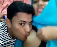 Bangladeshi college follower groupie sucks atop her bosom